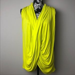 Jennifer Lopez Size Large Sleeveless Yellow Top